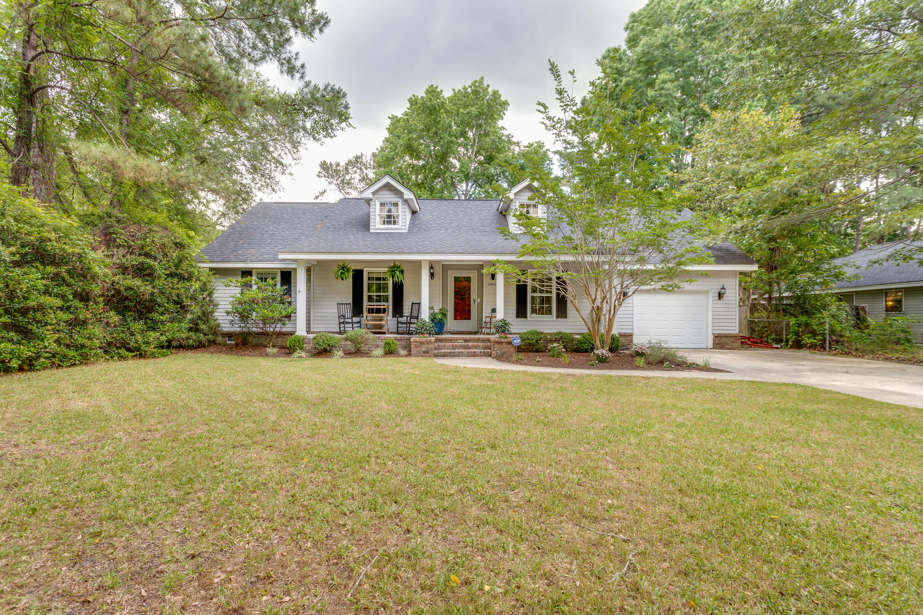 2954 Ashley River Road Charleston, SC 29414