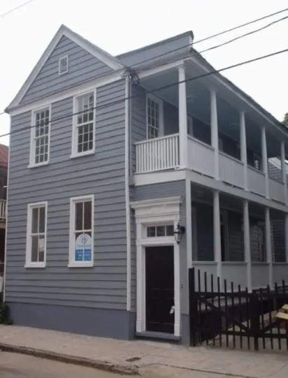 21 Hampden Court Charleston, SC 29403