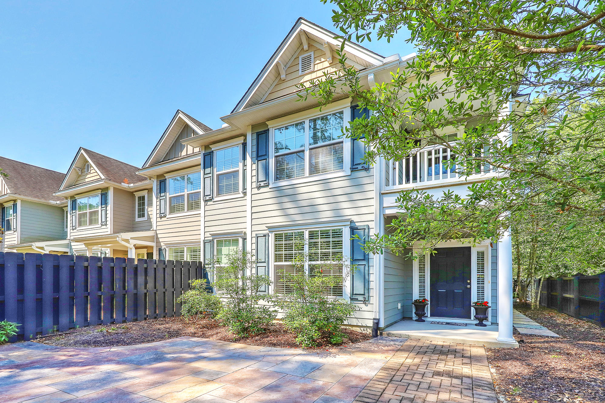 3093 Park West Boulevard Mount Pleasant, SC 29466