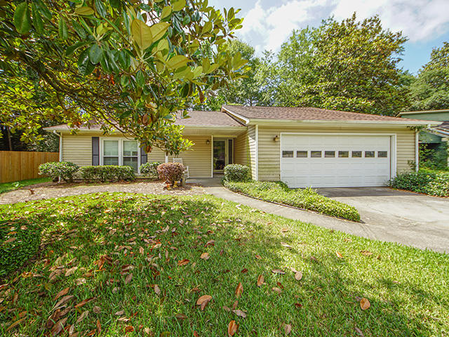 1125 Yorktown Court Mount Pleasant, SC 29464