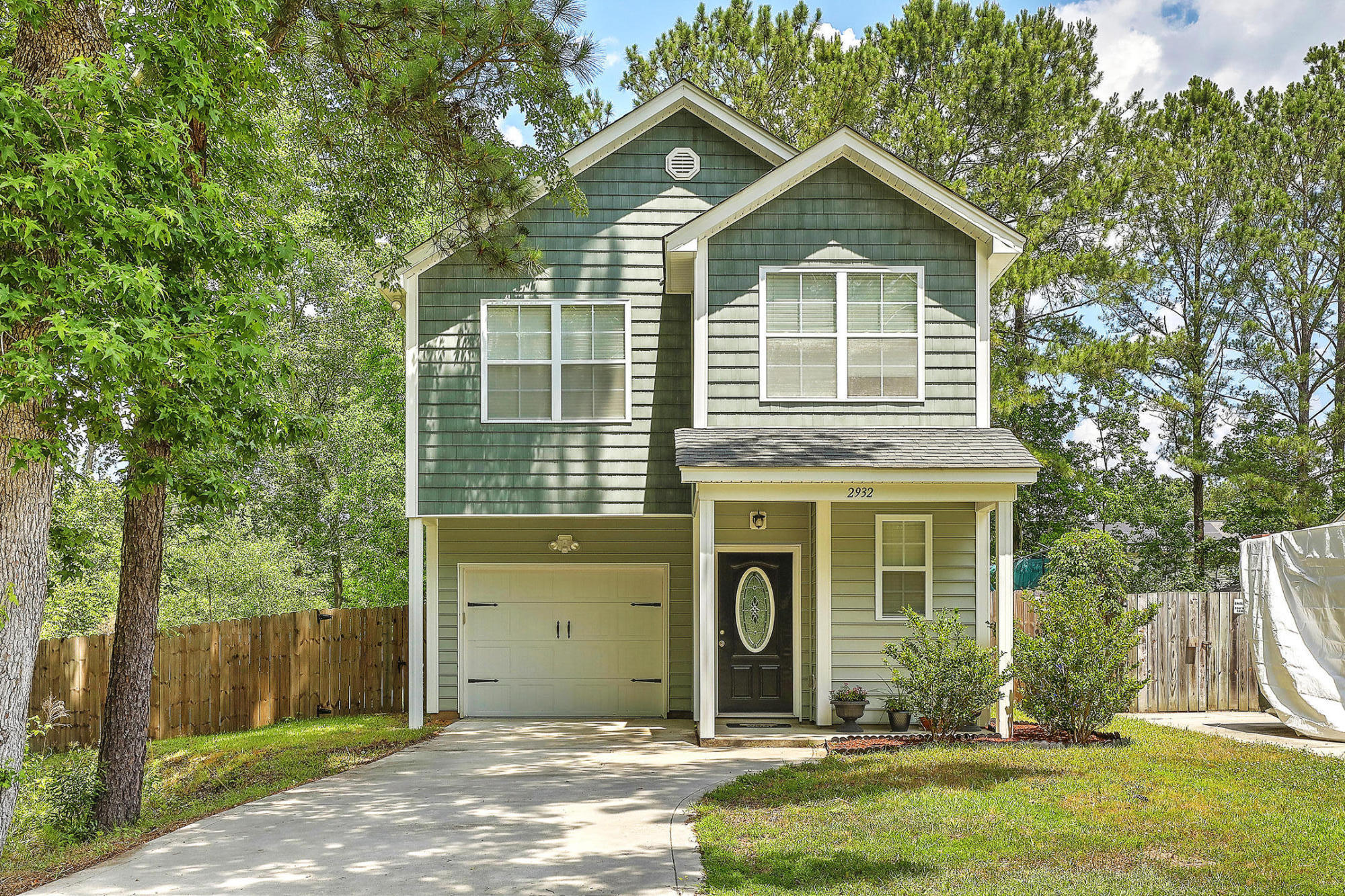2932 Salamander Creek Lane North Charleston, SC 29406