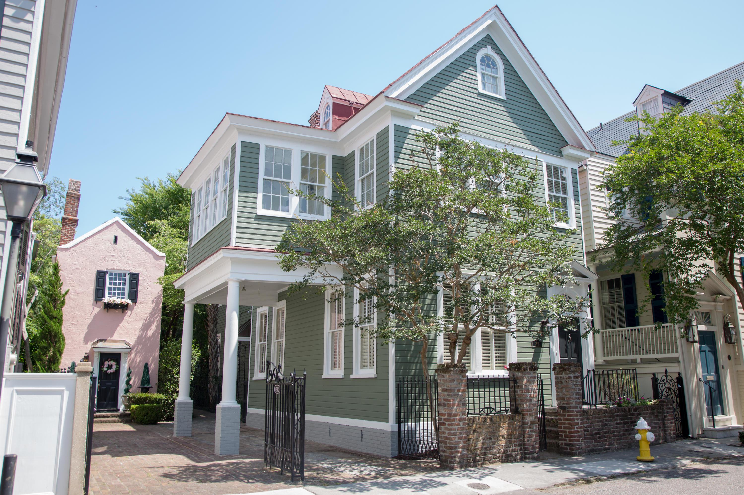 82 Tradd Street Charleston, SC 29401