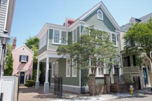 82 Tradd Street, Charleston, SC 29401