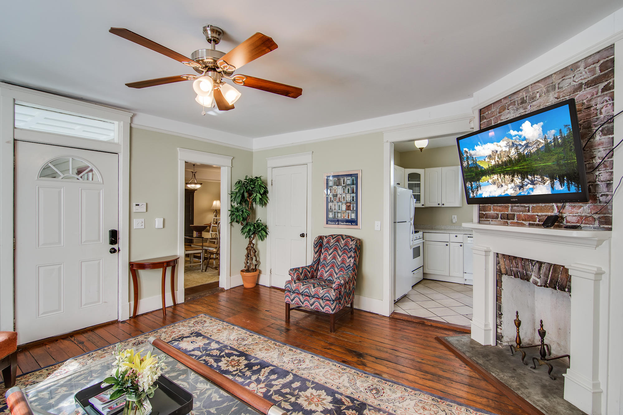 226 Rutledge Charleston, SC 29403