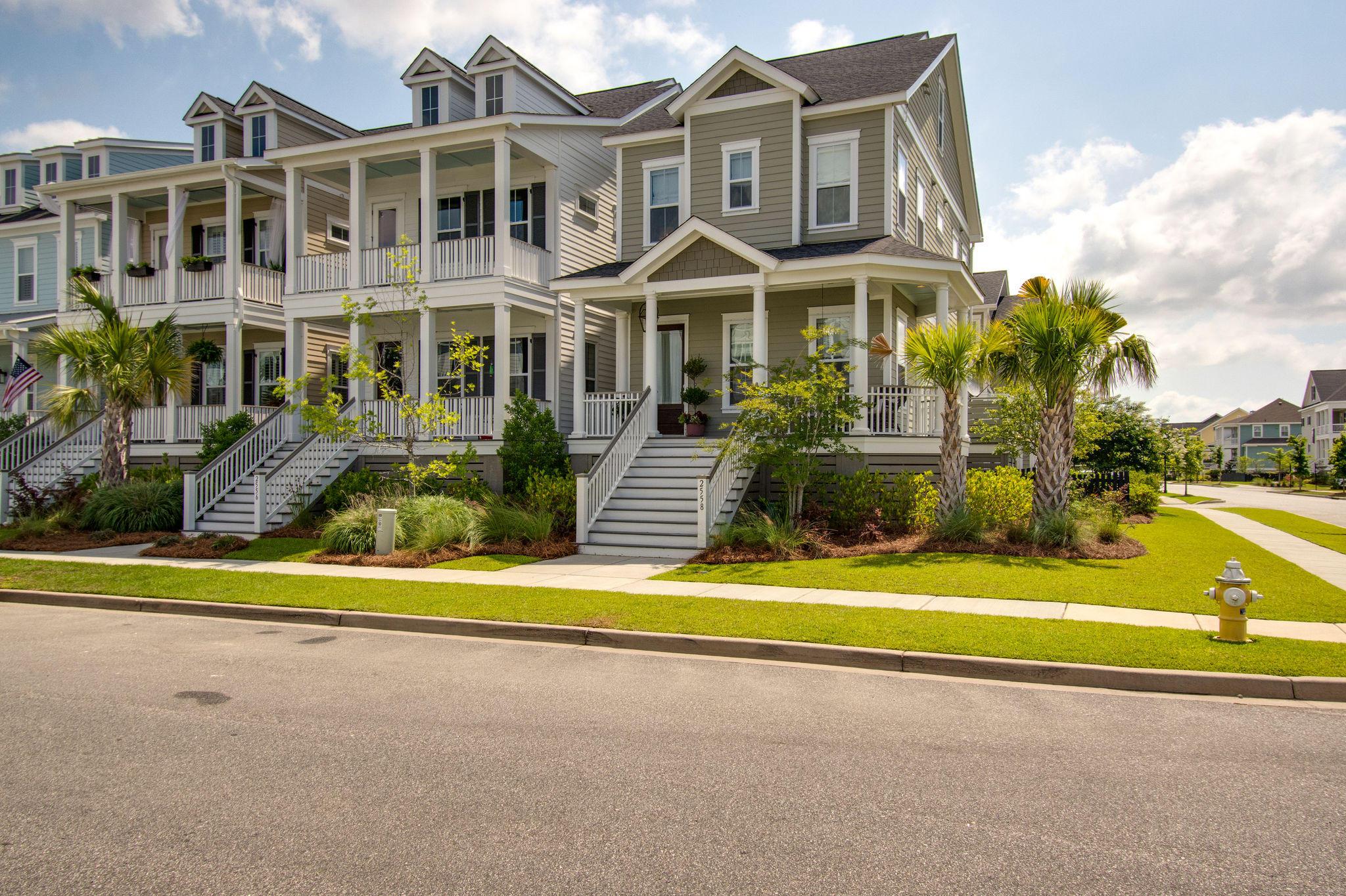2558 Josiah Street Charleston, SC 29492