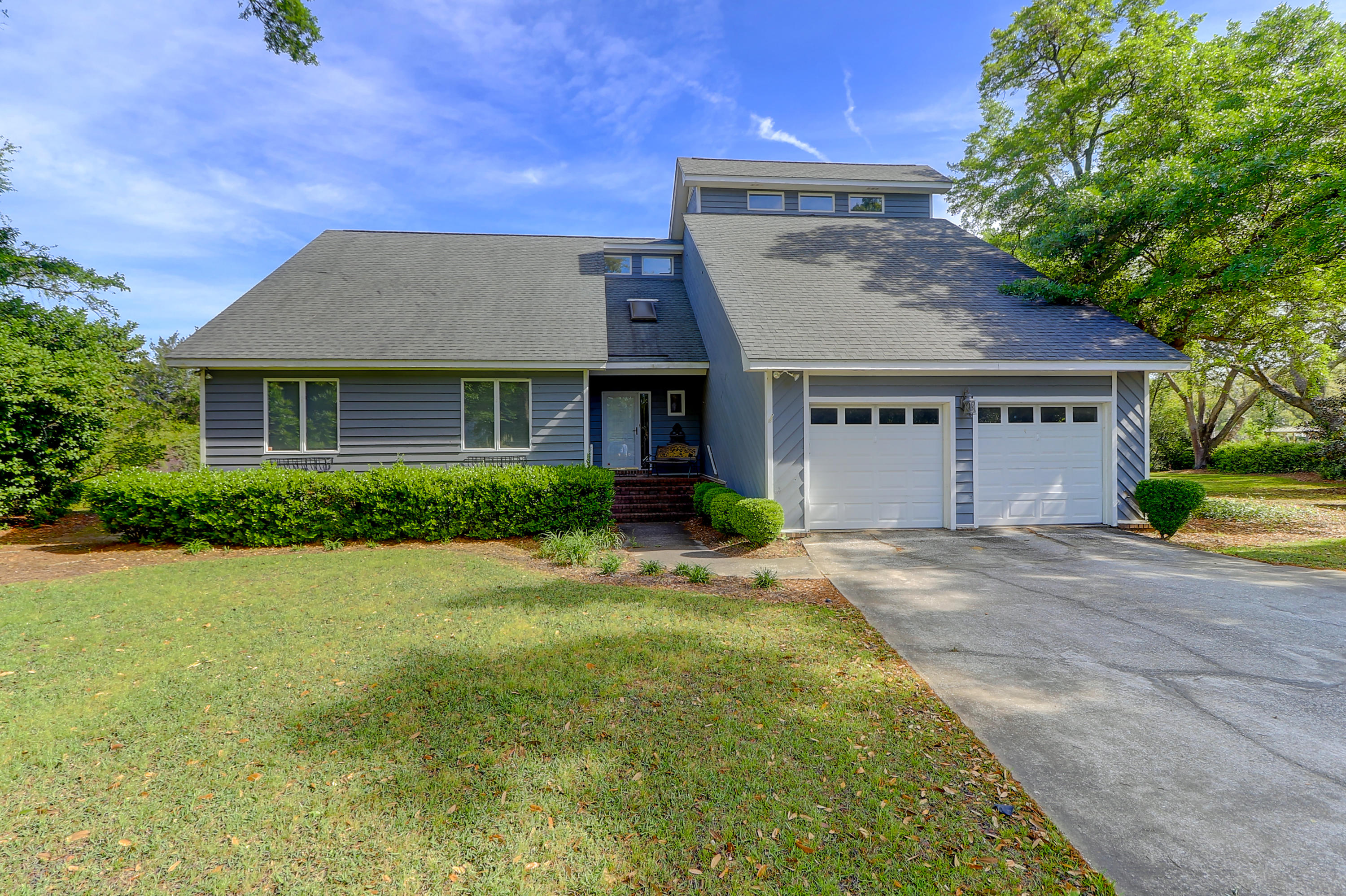 1828 Cornish Avenue Charleston, SC 29412