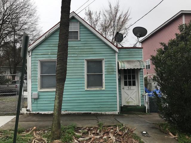 51 Nunan Street Charleston, SC 29403