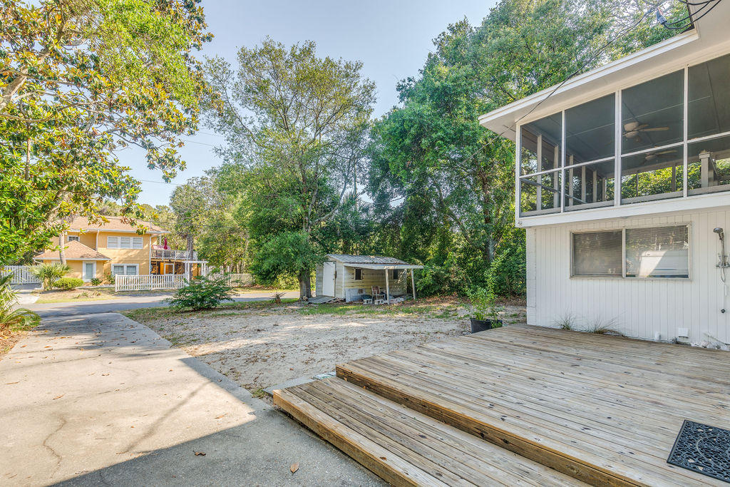 1010 E Ashley Avenue Folly Beach, SC 29439