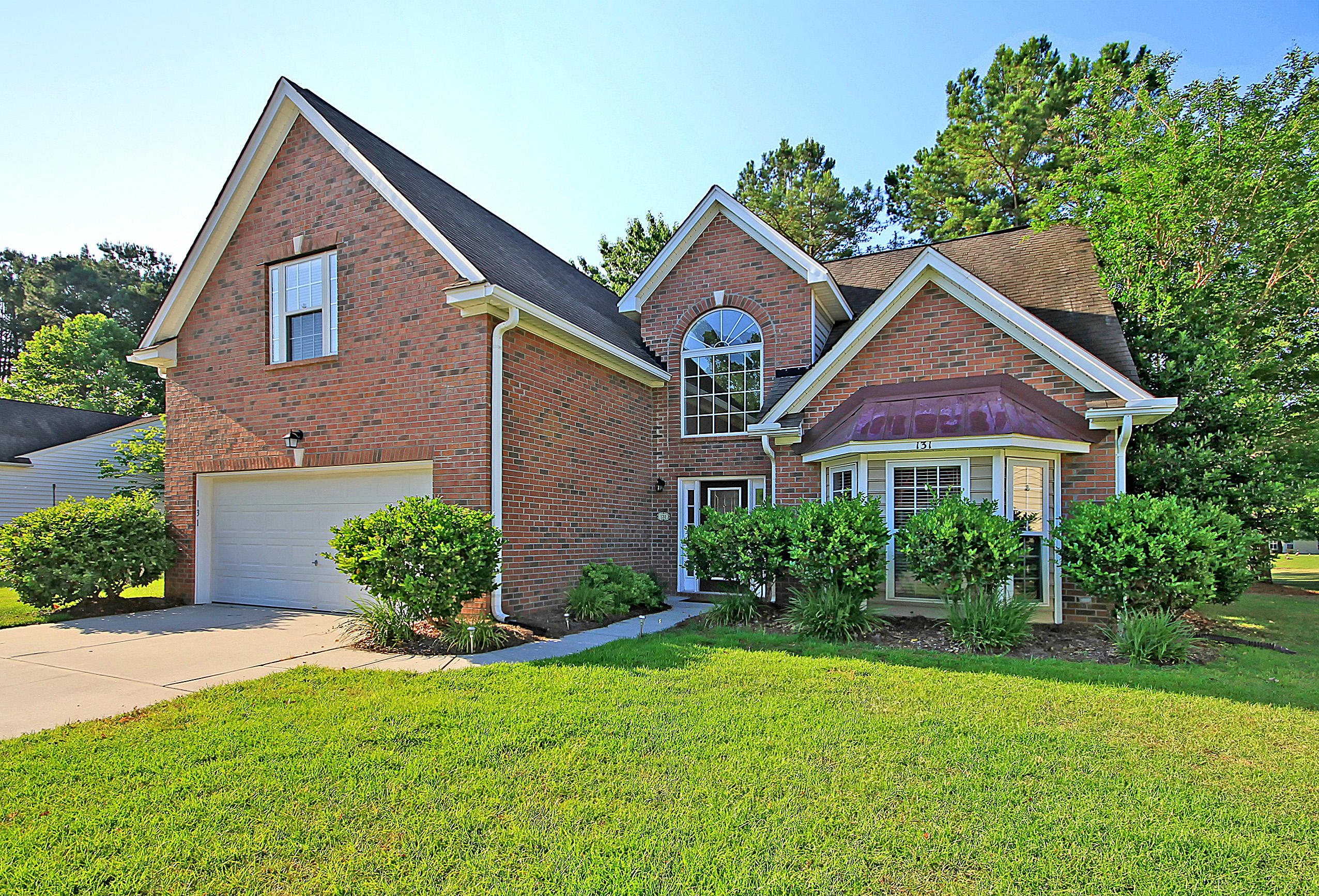 131 Thousand Oaks Circle Goose Creek, SC 29445