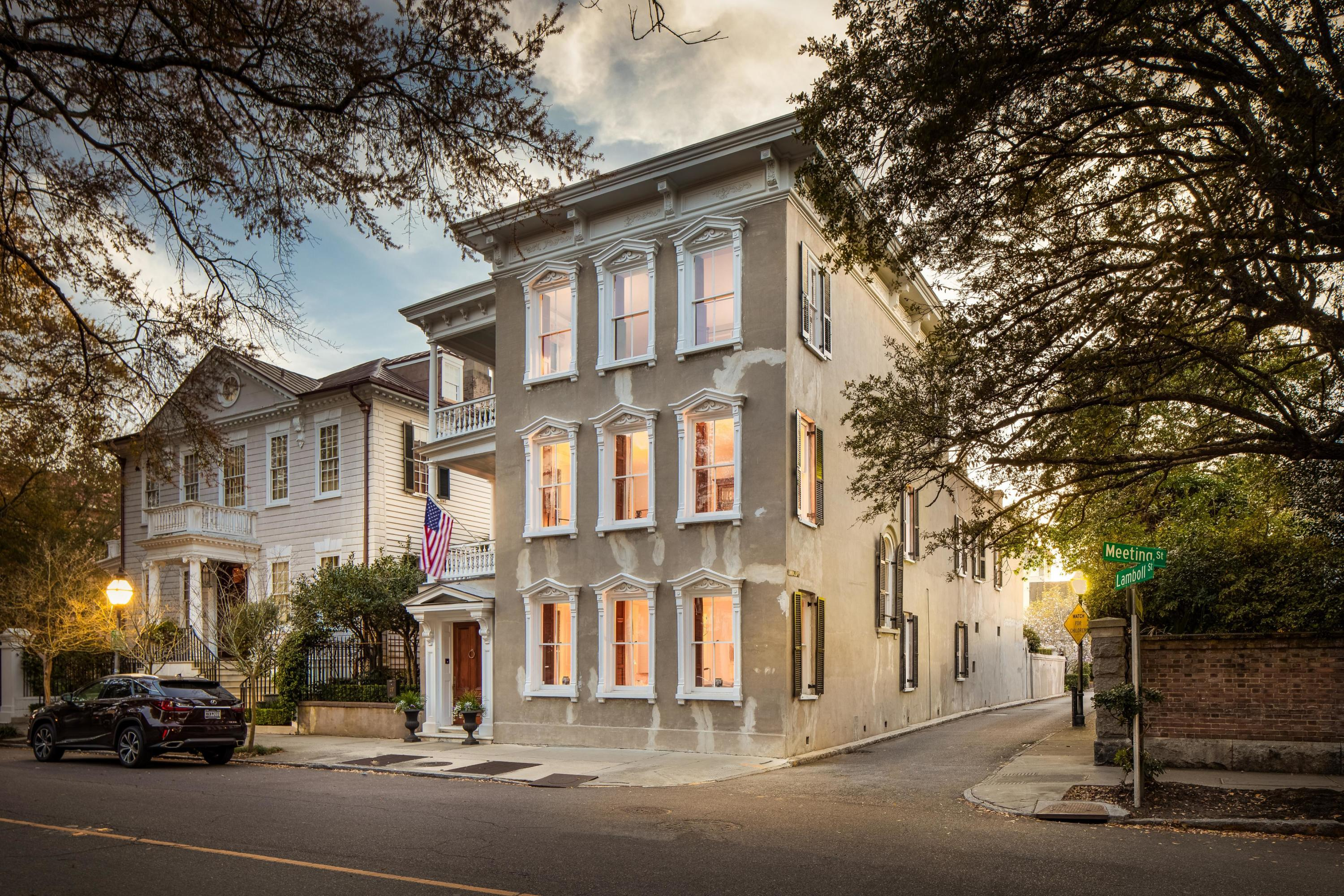 17 Meeting Street Charleston, SC 29401