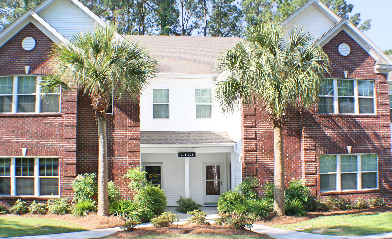 203 Golf View Lane Summerville, SC 29485