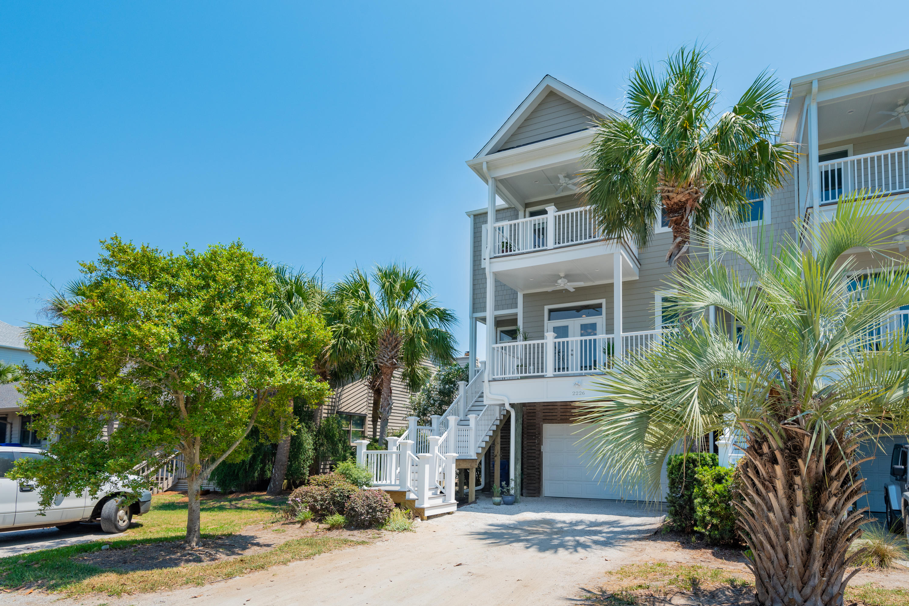 2226 Folly Road Charleston, SC 29412