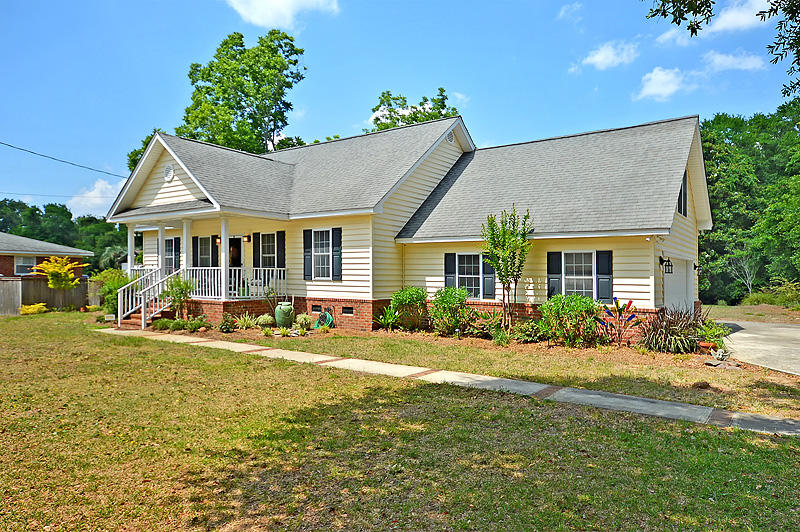 858 Mikell Drive Charleston, SC 29412