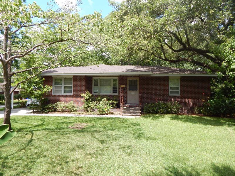 1381 Hartford Circle North Charleston, SC 29405