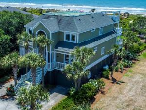 2916 Palm Blvd 500 feet to the beach in this beautiful 6 Bedroom Home