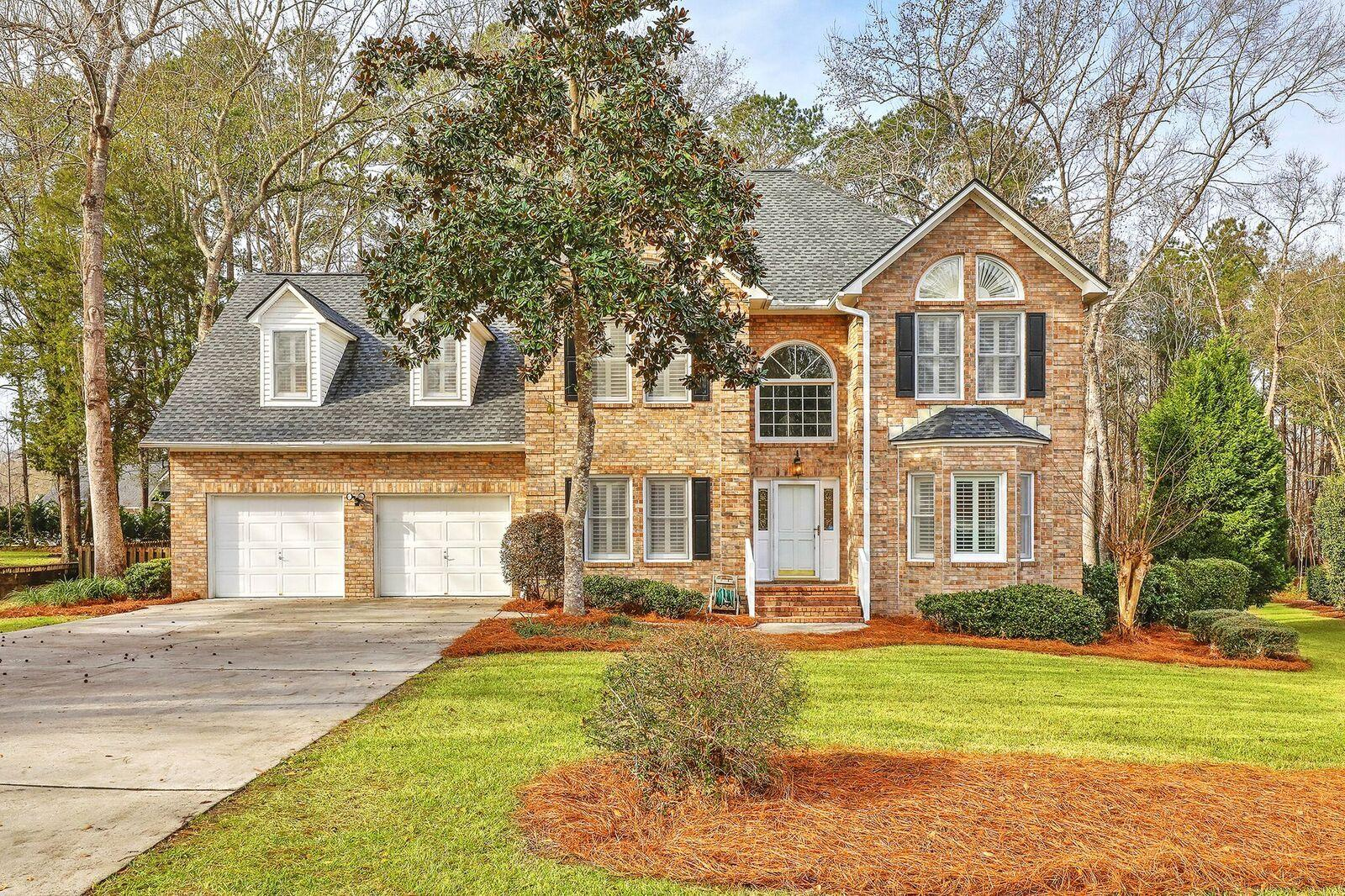 8627 W Fairway Woods Drive North Charleston, SC 29420