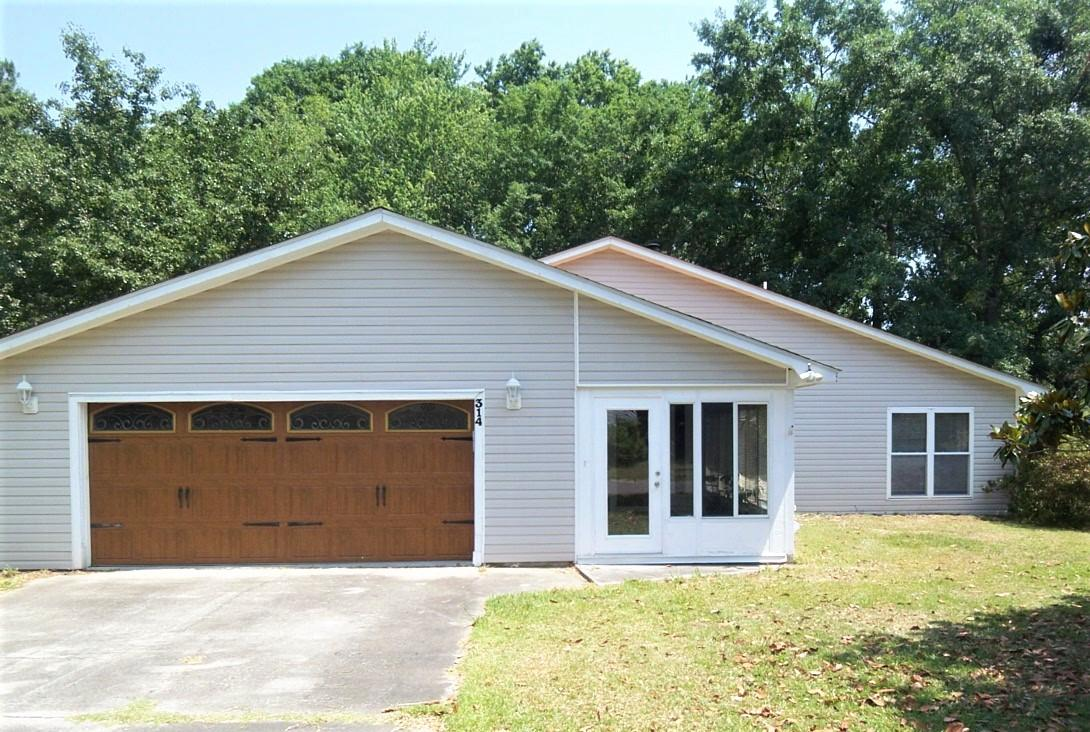 314 Canaberry Circle Summerville, SC 29483