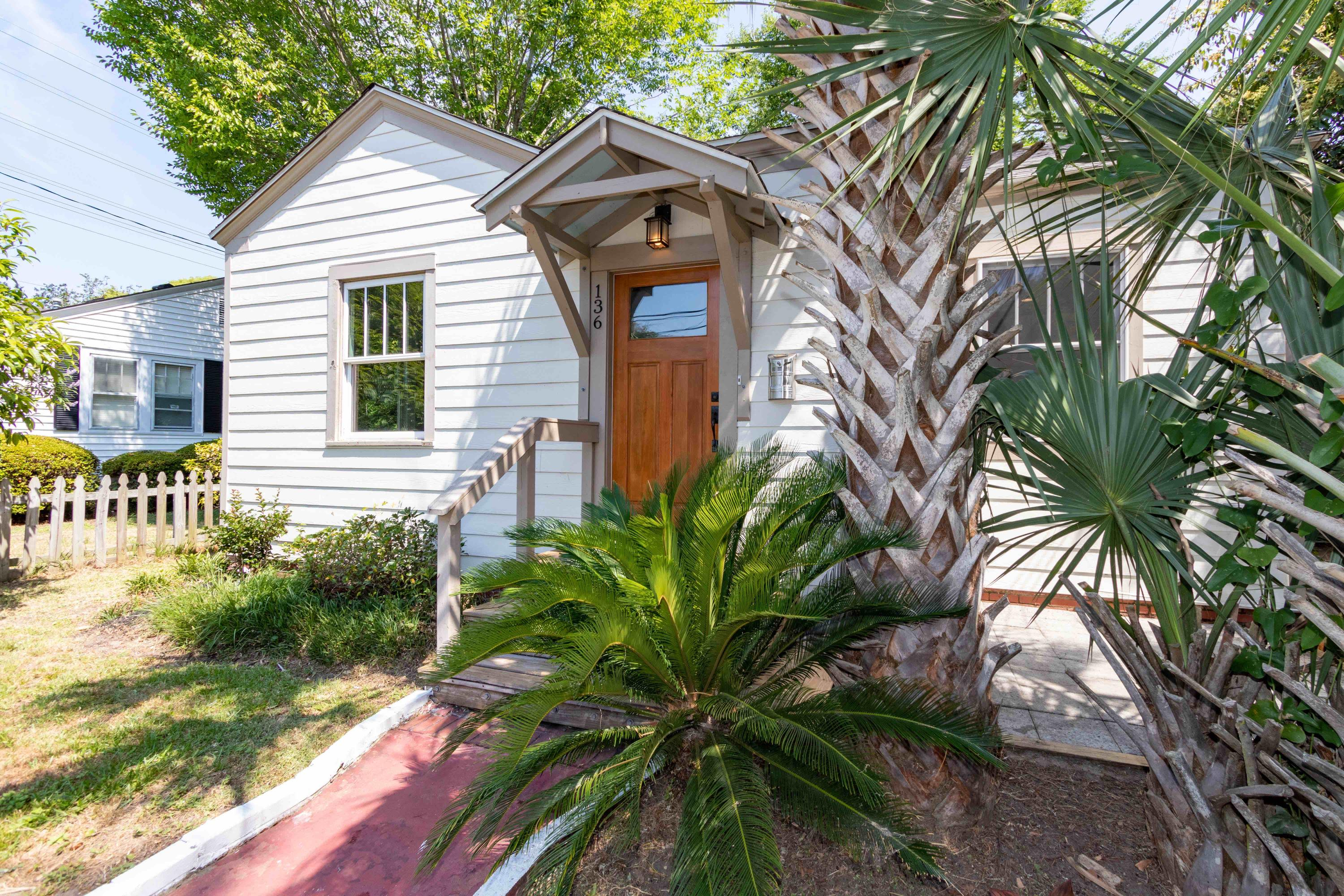 136 Maple Street Charleston, SC 29403