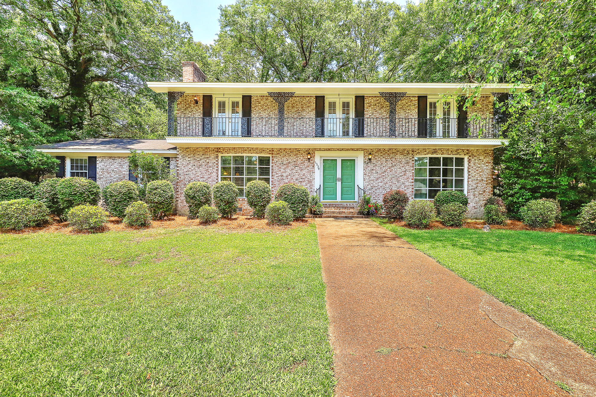 1339 Winchester Drive Charleston, SC 29407