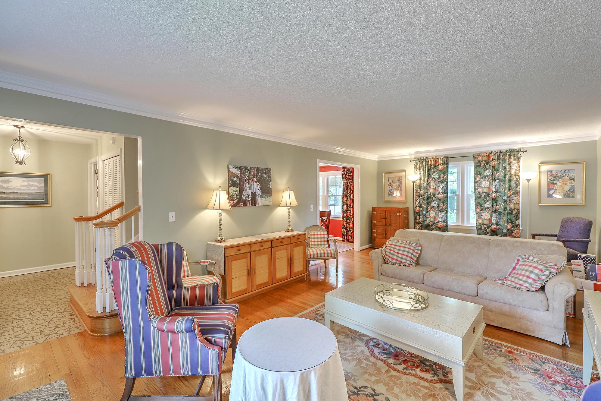 Sandhurst Homes For Sale - 1339 Winchester, Charleston, SC - 29