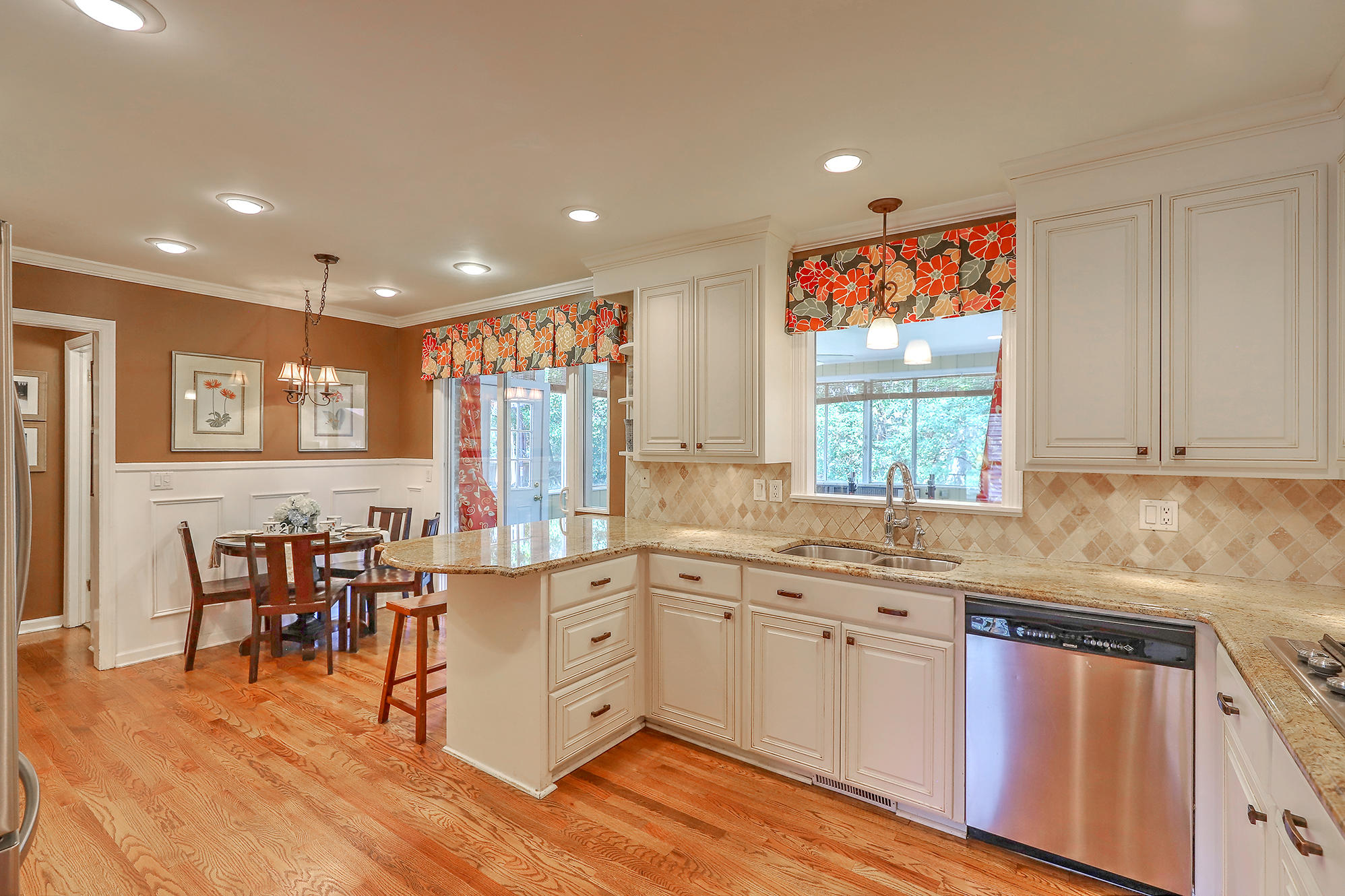 Sandhurst Homes For Sale - 1339 Winchester, Charleston, SC - 25