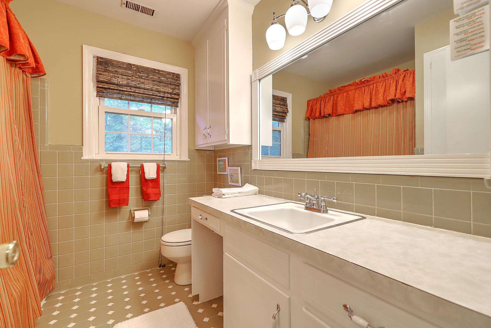 Sandhurst Homes For Sale - 1339 Winchester, Charleston, SC - 12