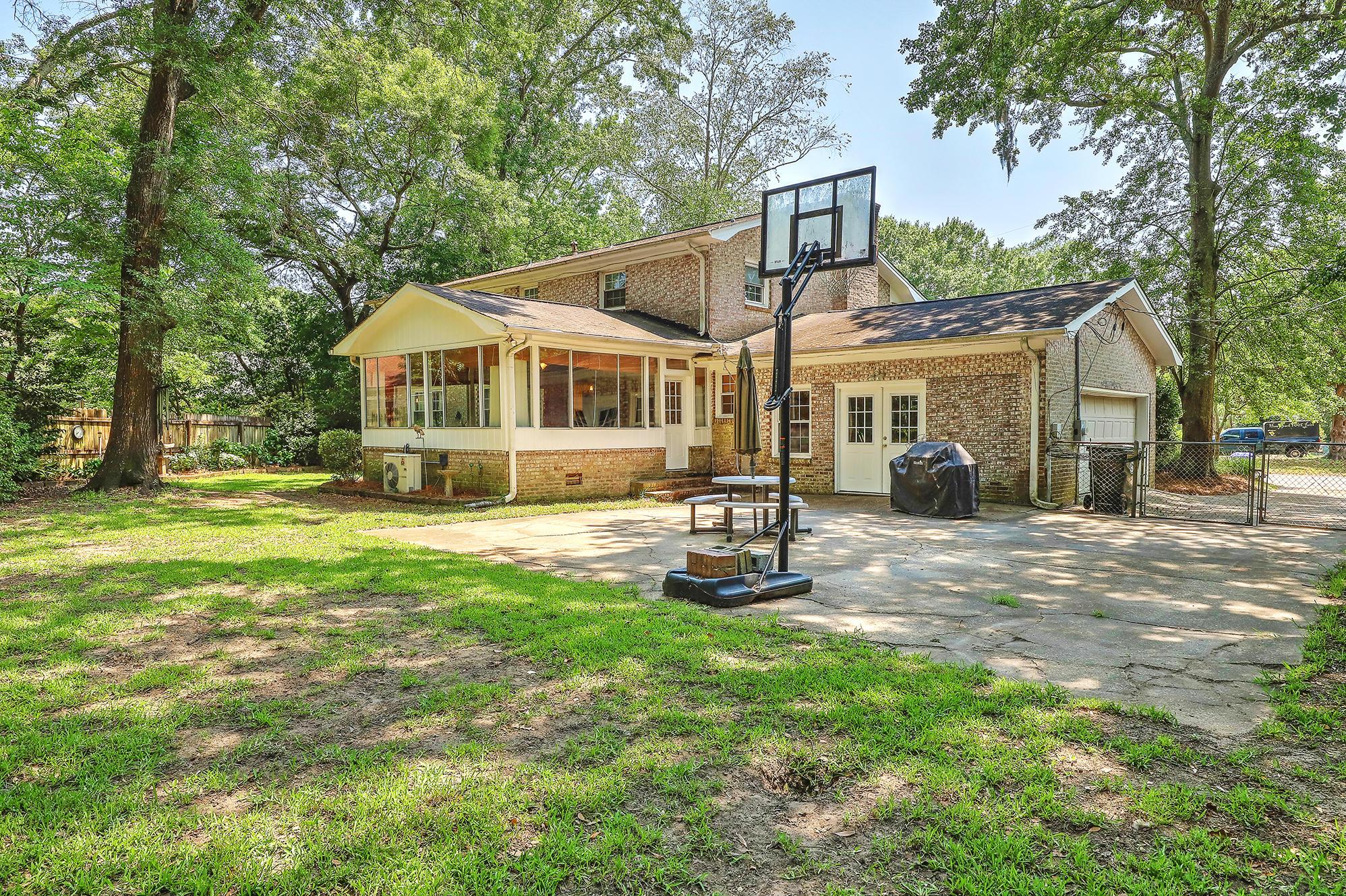 Sandhurst Homes For Sale - 1339 Winchester, Charleston, SC - 5