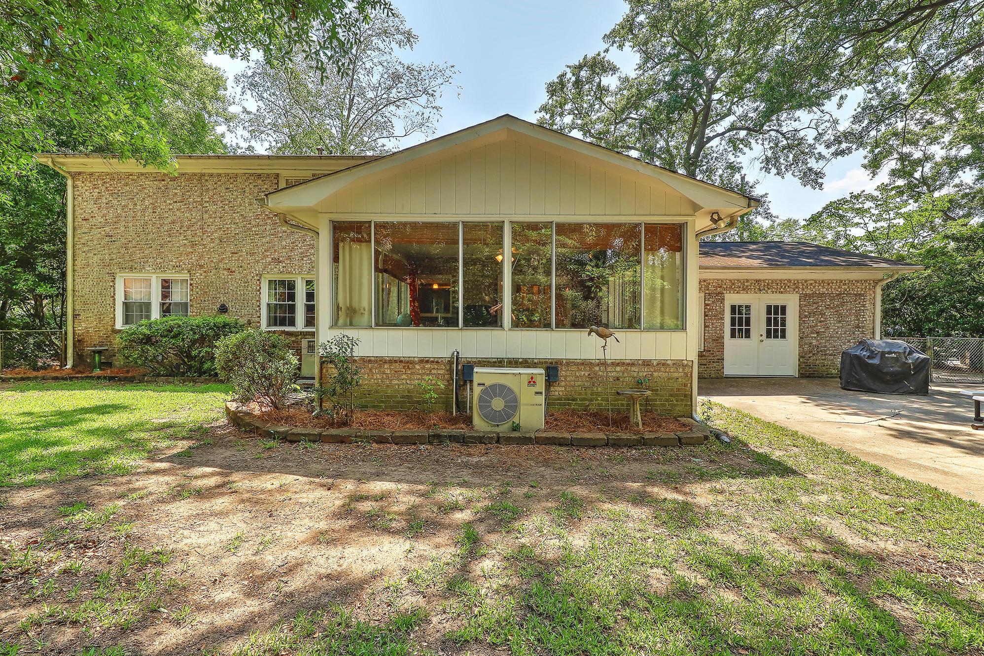 Sandhurst Homes For Sale - 1339 Winchester, Charleston, SC - 3