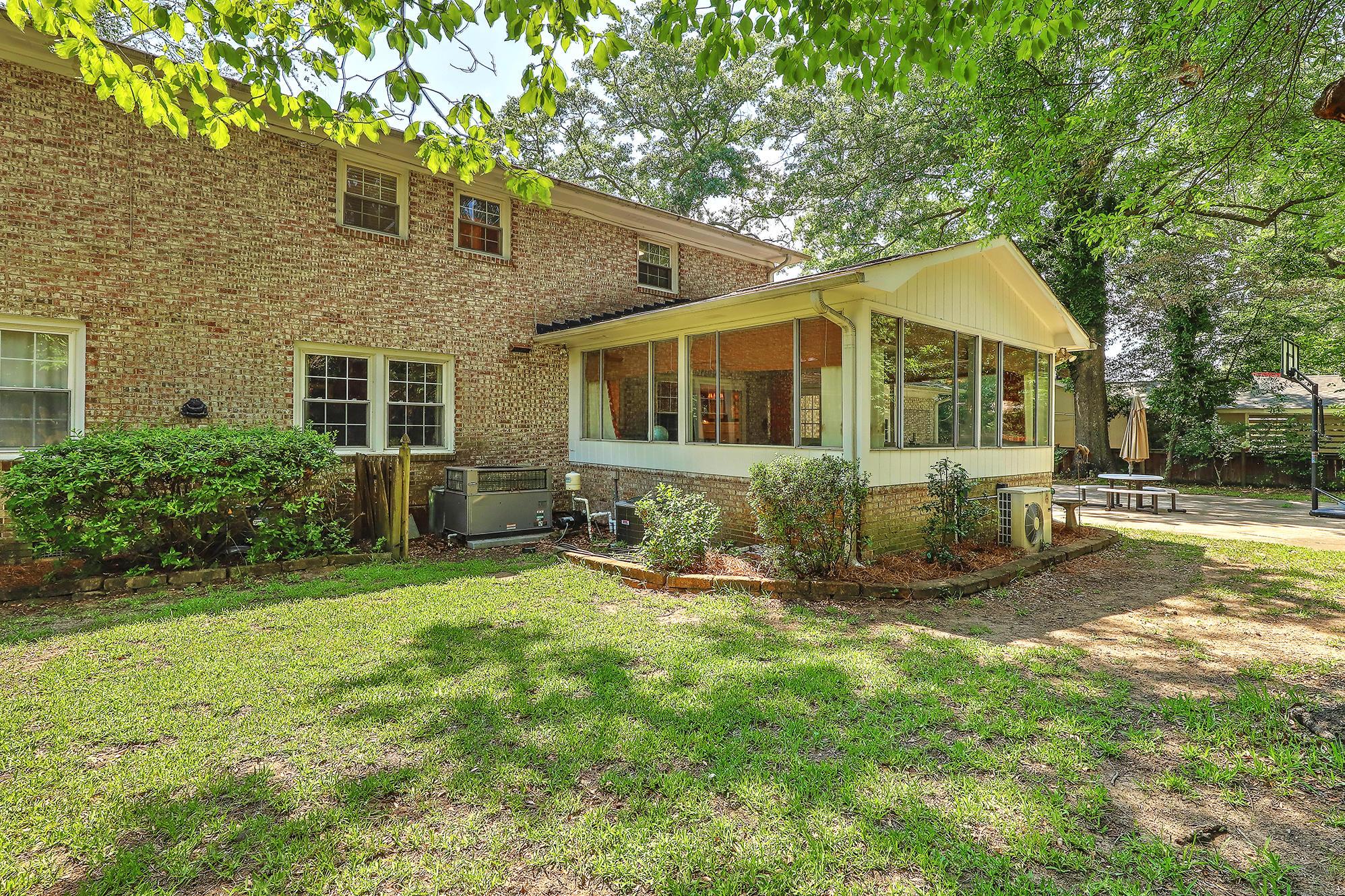 Sandhurst Homes For Sale - 1339 Winchester, Charleston, SC - 4
