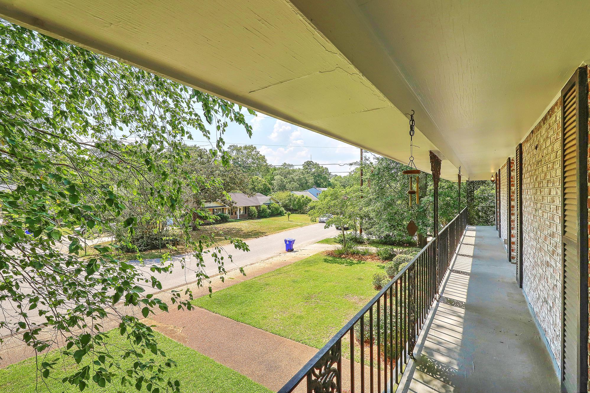 Sandhurst Homes For Sale - 1339 Winchester, Charleston, SC - 1