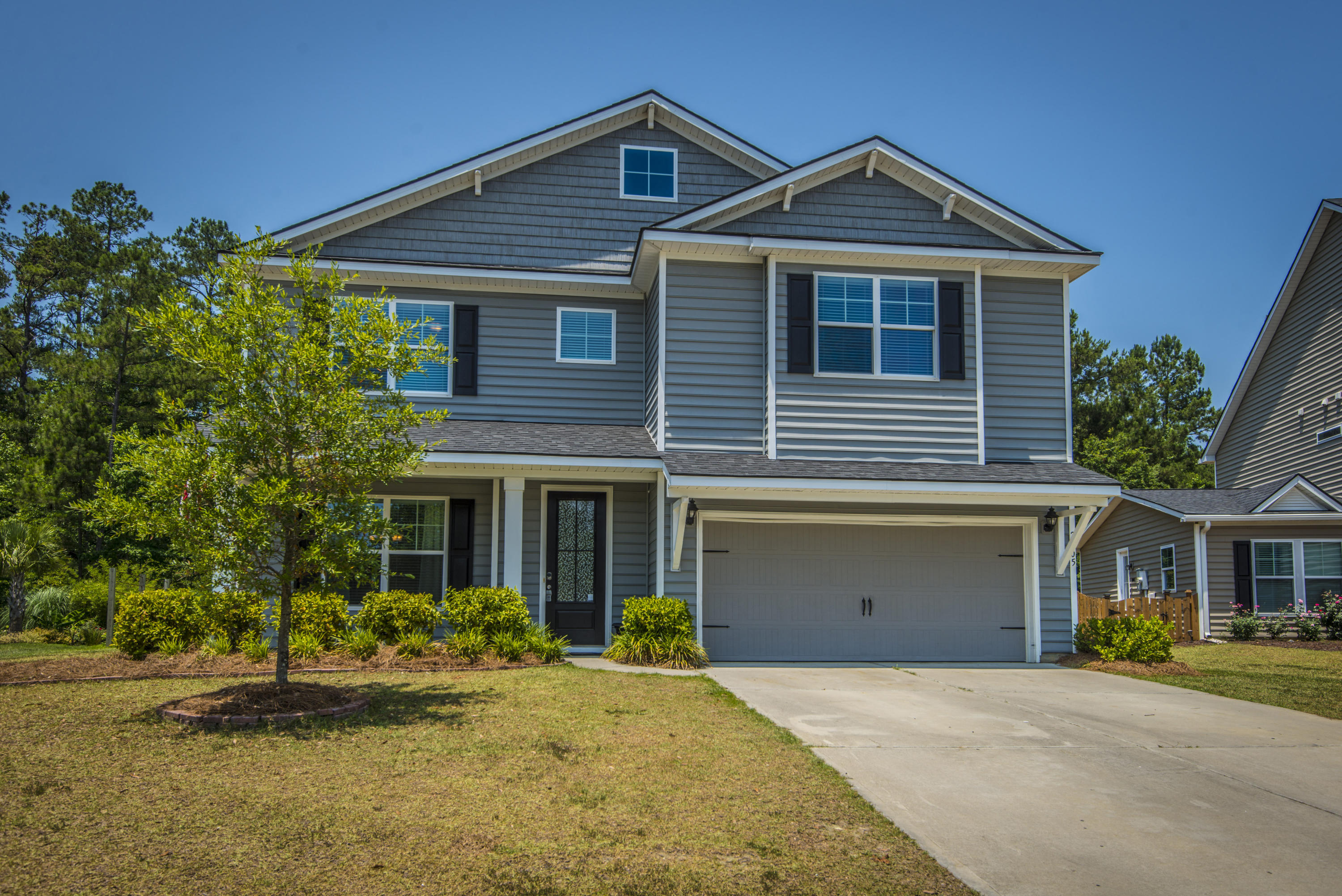 2305 Hummingbird Lane Summerville, SC 29483
