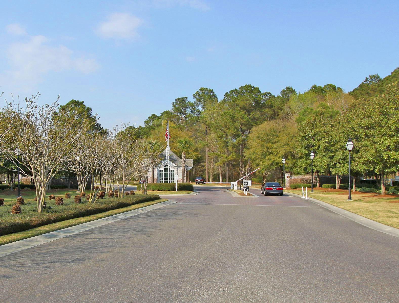 256 Fair Sailing Road Mount Pleasant, SC 29466