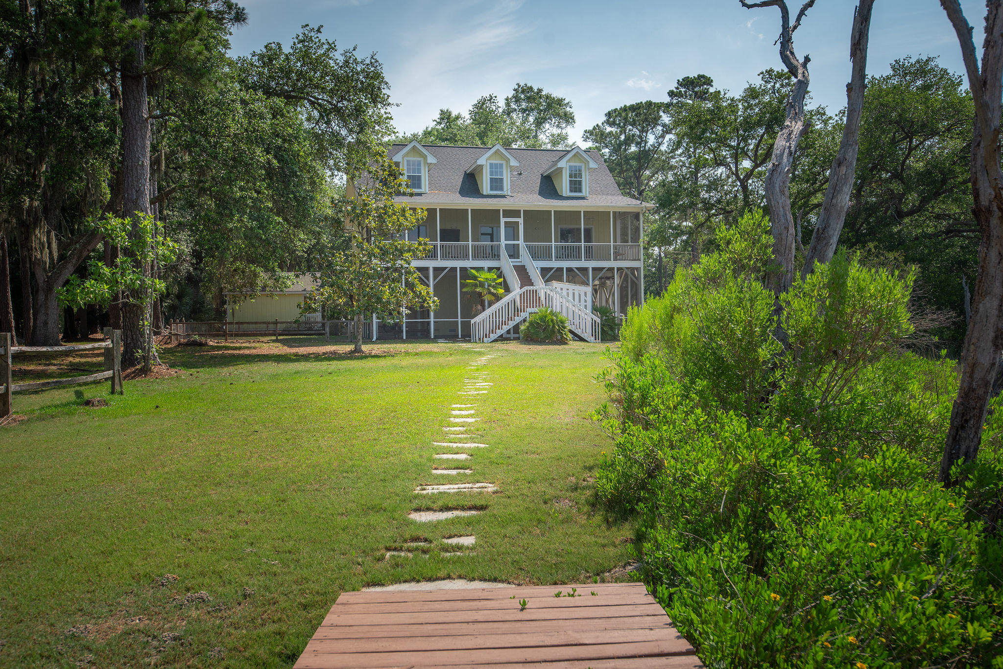 8934 Sandy Creek Rd Road Edisto Island, SC 29438