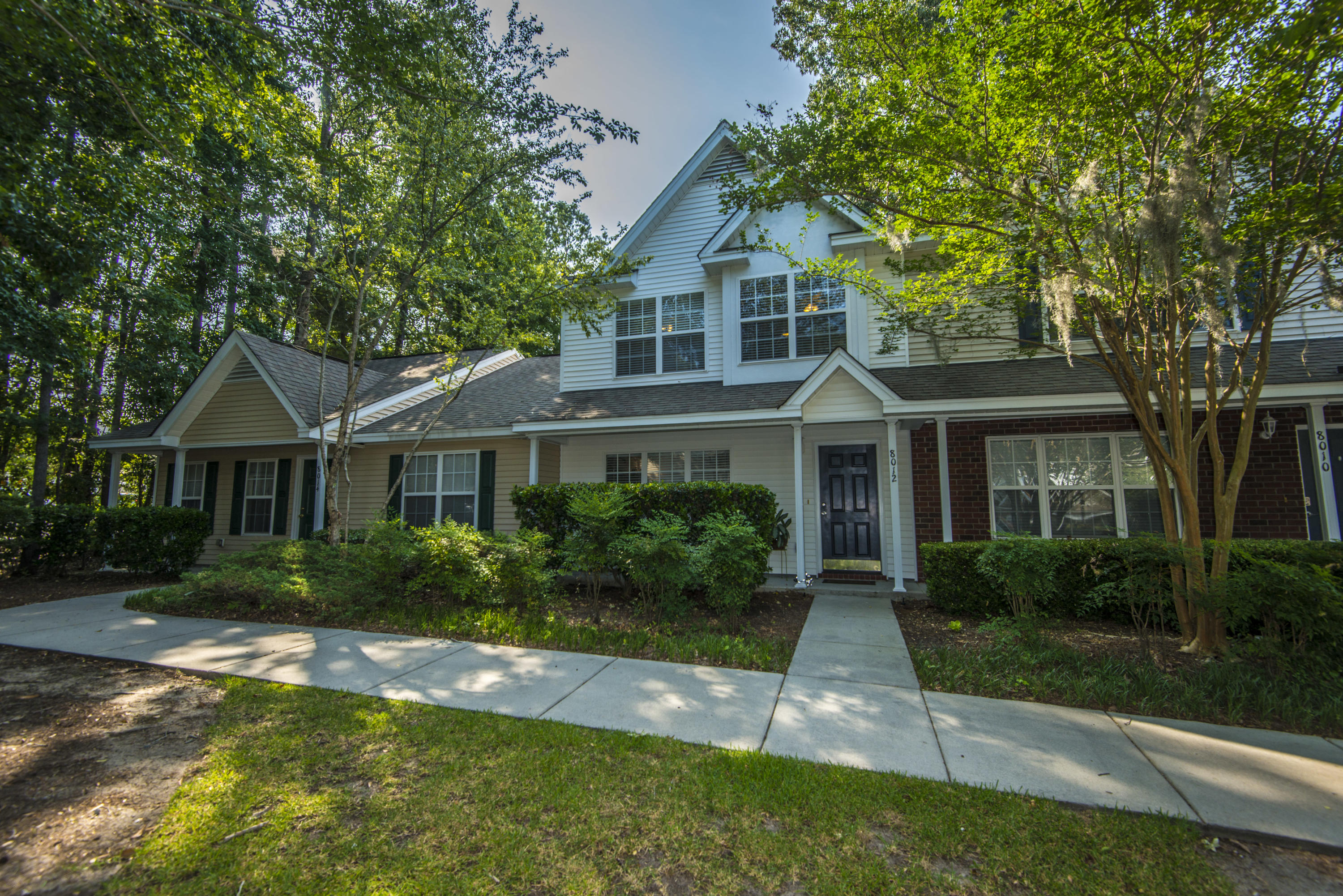 8012 Shadow Oak Drive North Charleston, SC 29406