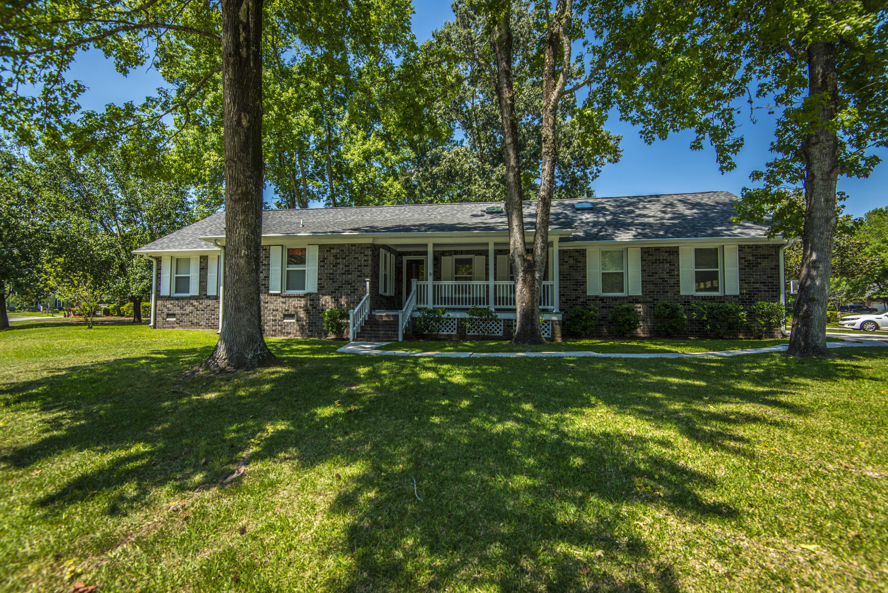 101 Hickory Trace Drive Goose Creek, SC 29445