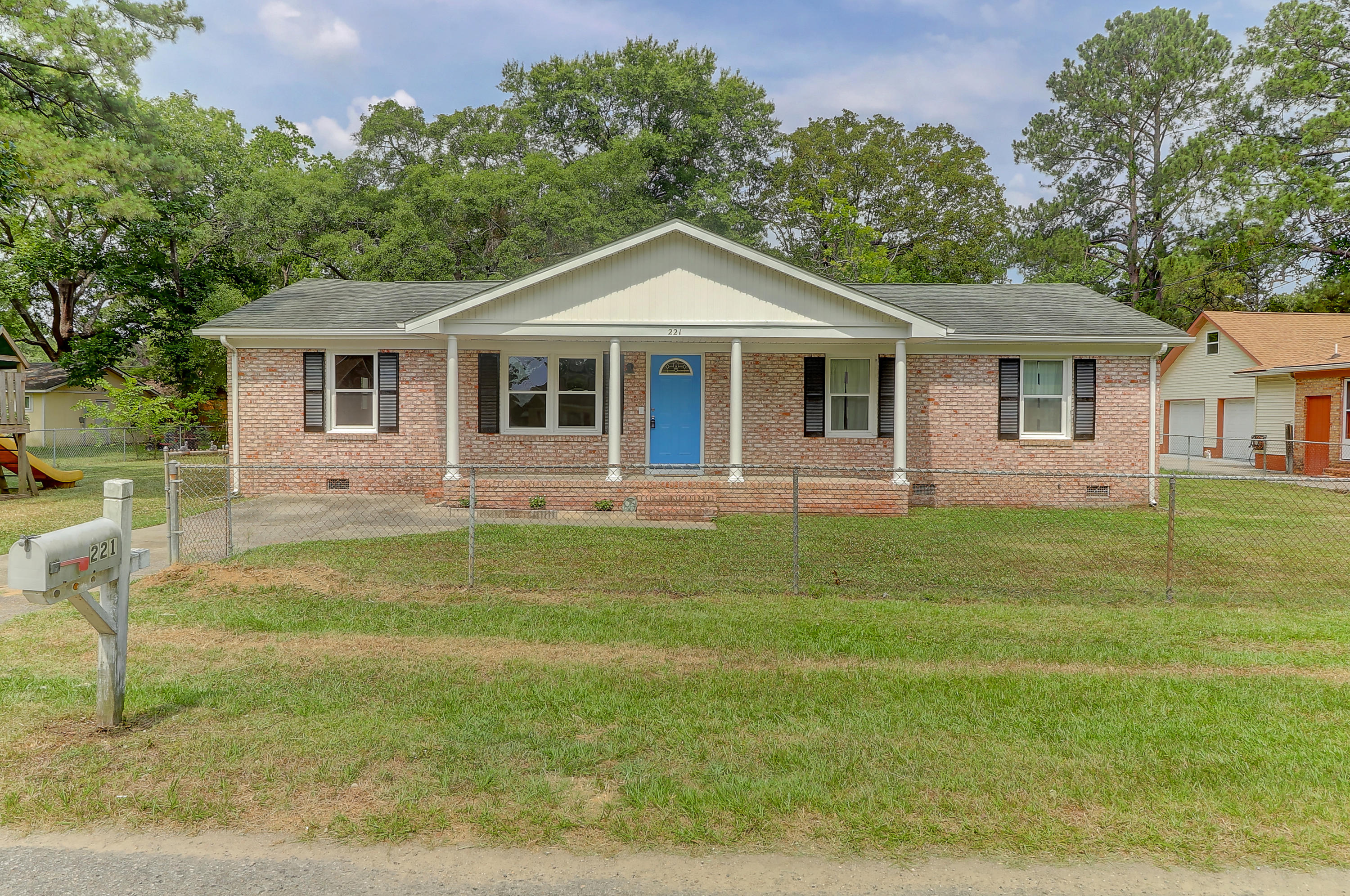 221 Mary Scott Drive Goose Creek, Sc 29445