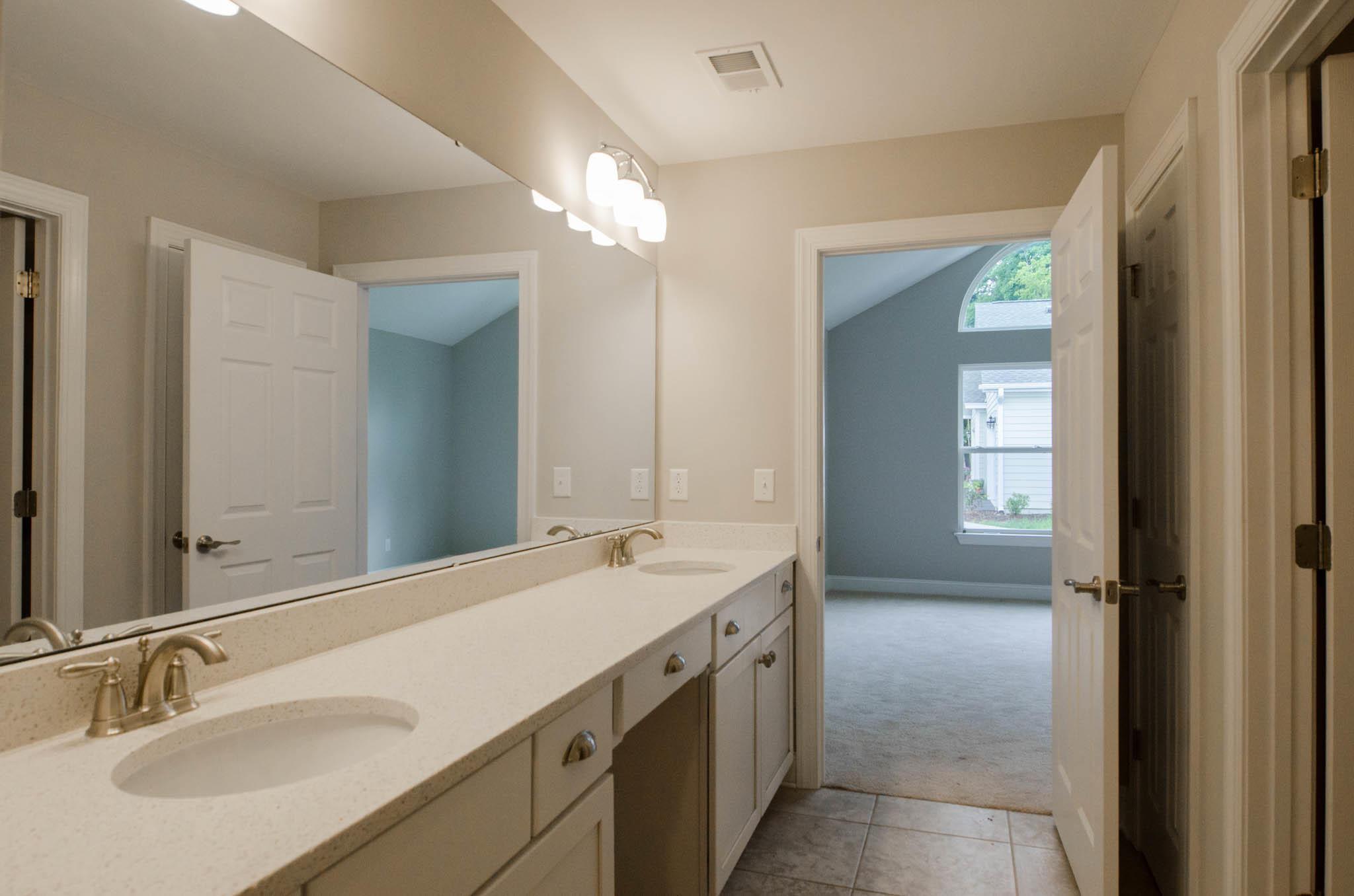 Villas at Charleston Park Homes For Sale - 8800 Dorchester, North Charleston, SC - 3
