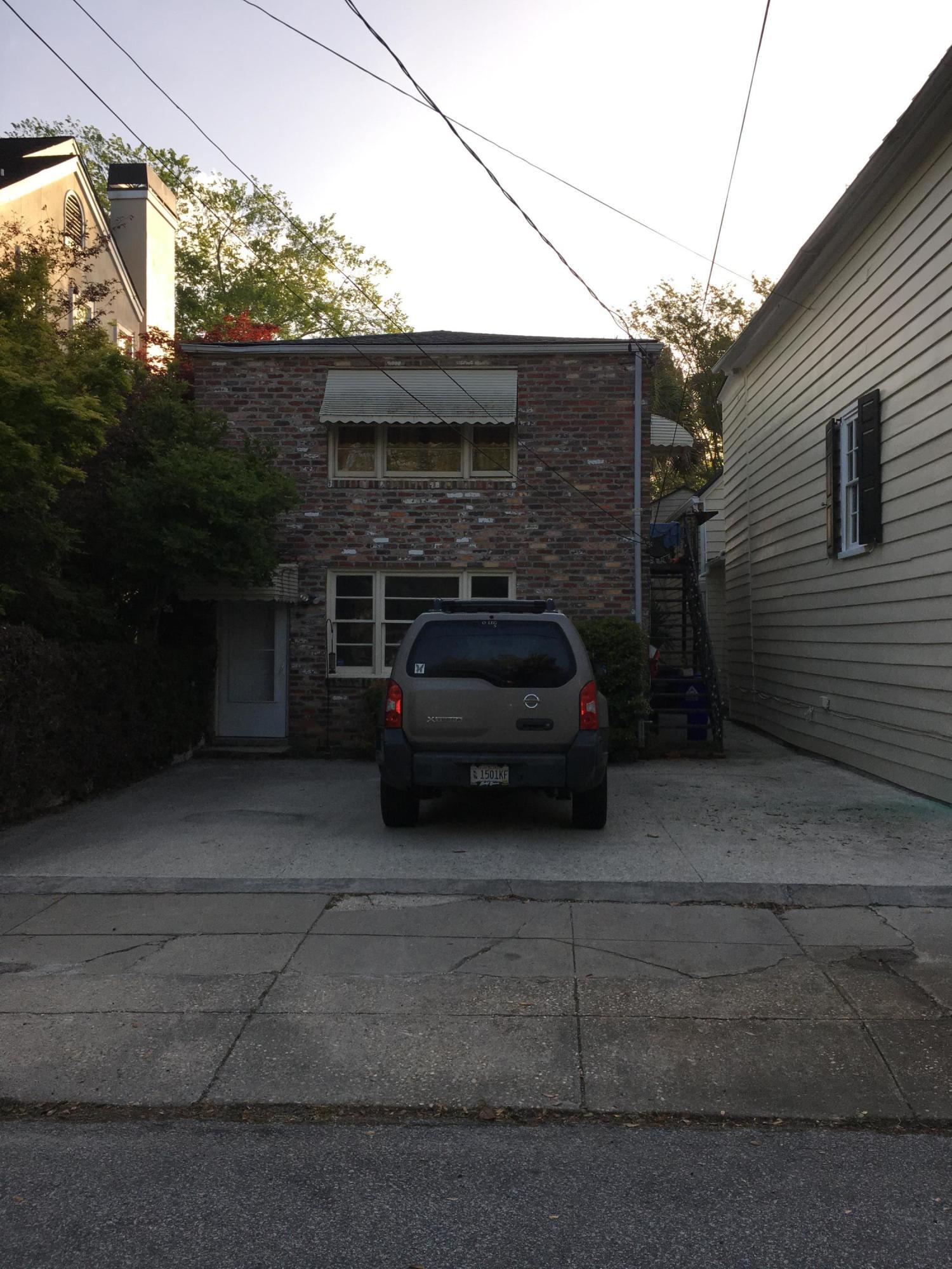 46 Gadsden Street Charleston, SC 29401