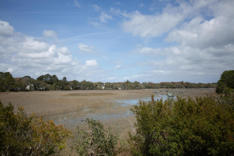 Seaside Plantation Homes For Sale - 100 Oak Turn, Charleston, SC - 17