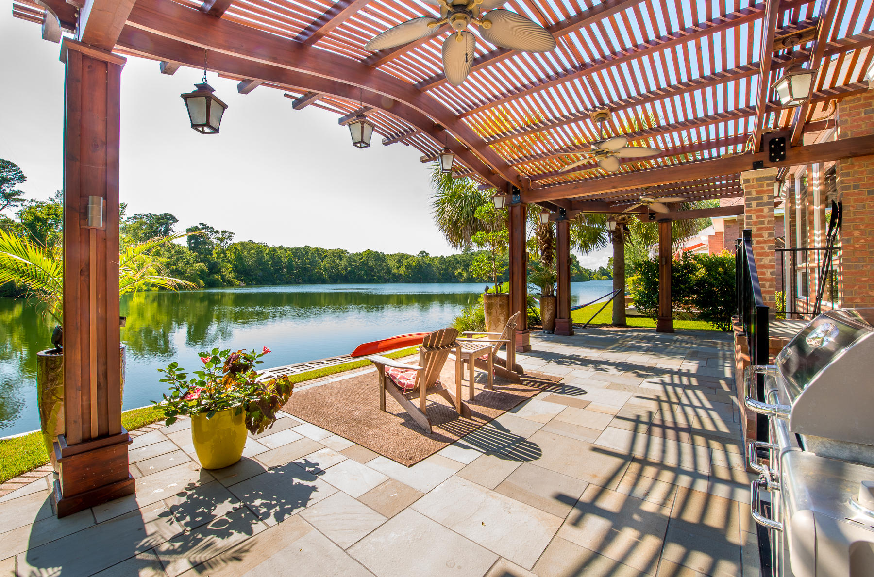 1125 Waterfront Drive Mount Pleasant, SC 29464