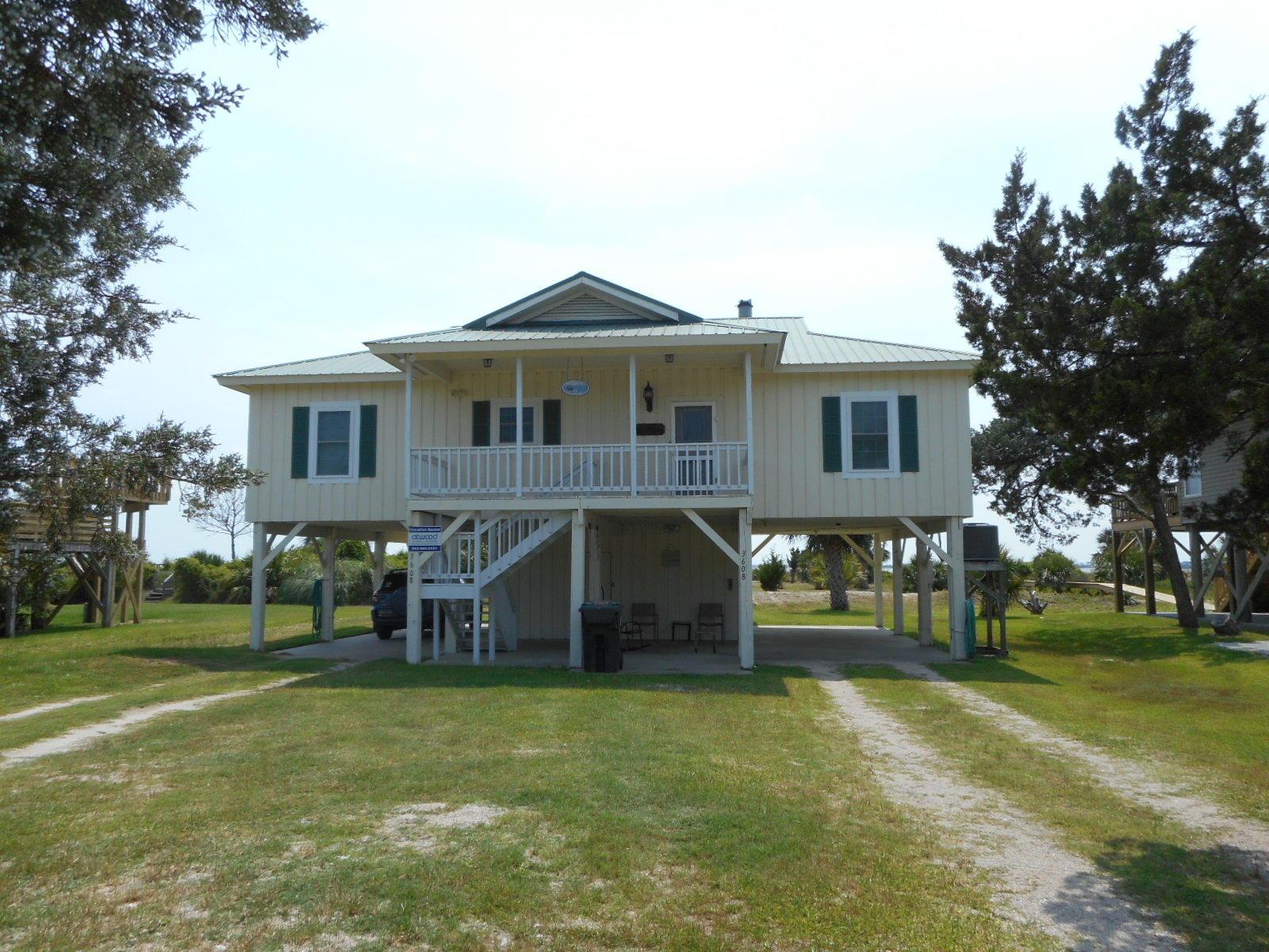 Beachfront Homes For Sale - 3608 Yacht Club, Edisto Beach, SC - 29