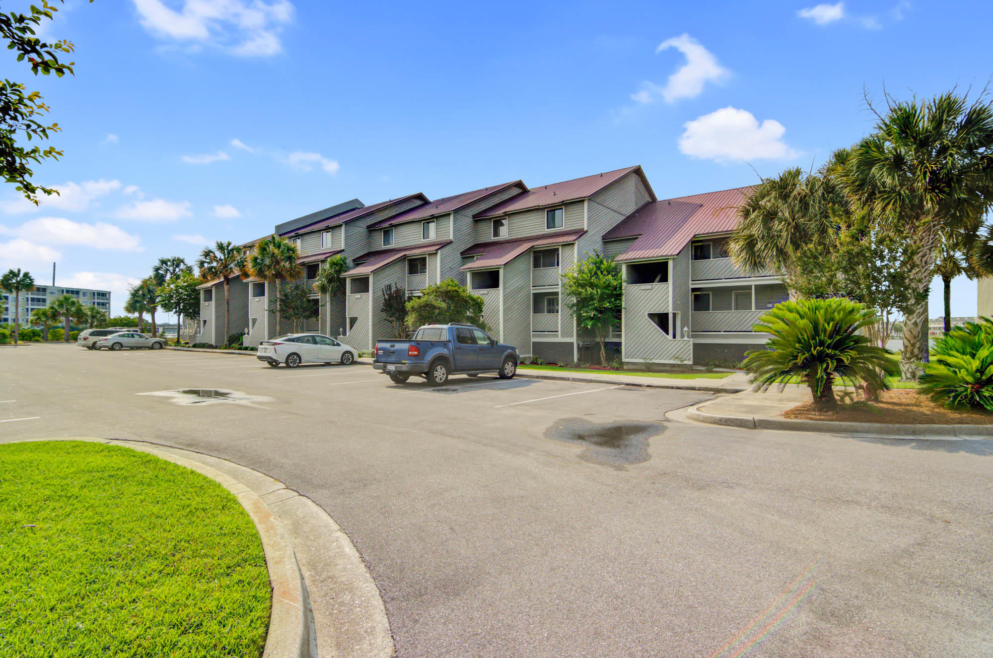 Mariners Cay Homes For Sale - 19 Mariners Cay, Folly Beach, SC - 1
