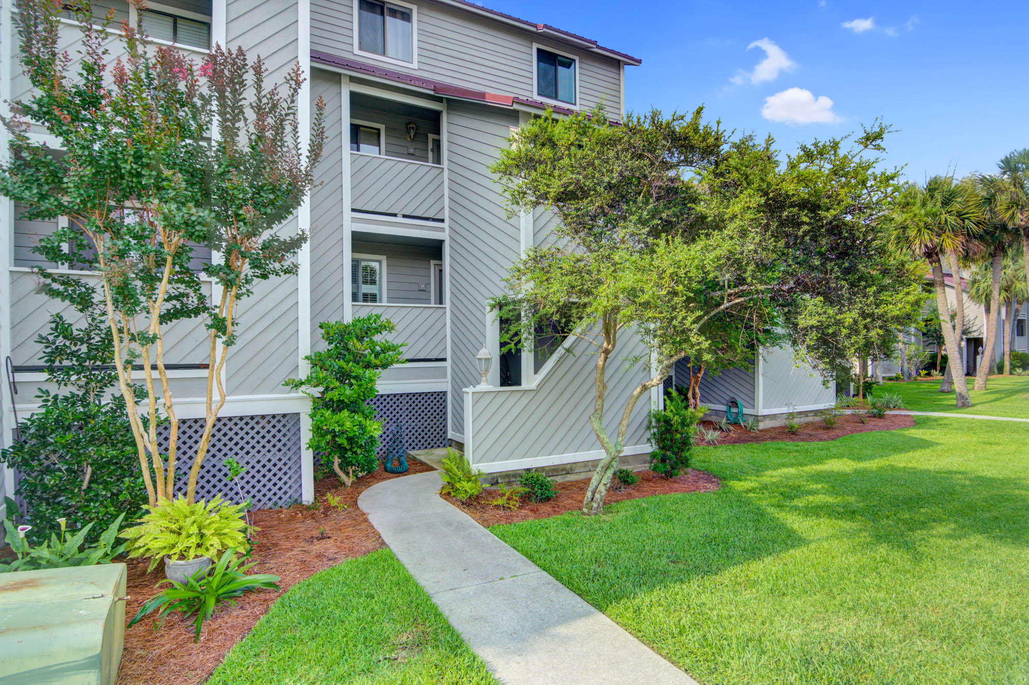 Mariners Cay Homes For Sale - 19 Mariners Cay, Folly Beach, SC - 22