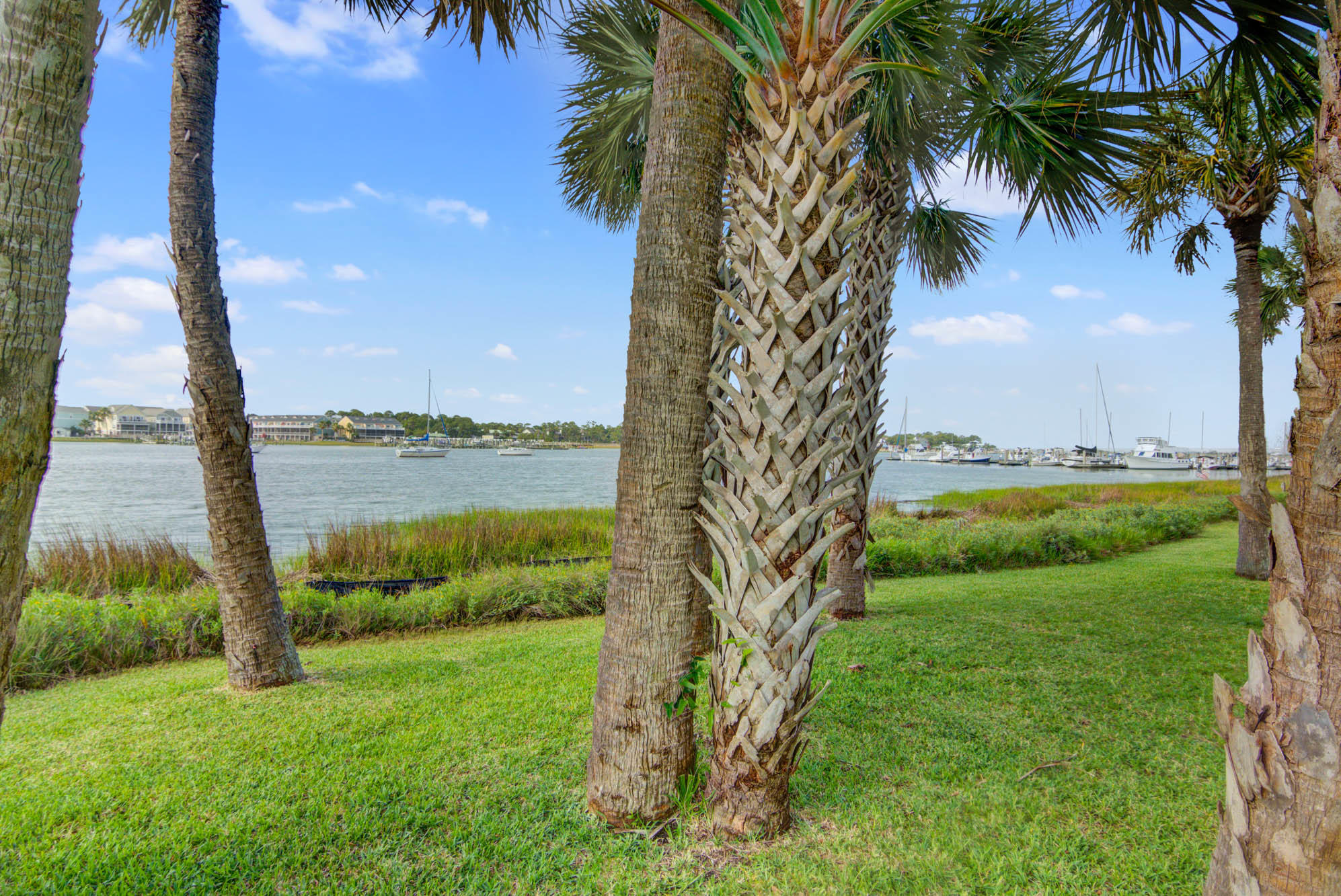 Mariners Cay Homes For Sale - 19 Mariners Cay, Folly Beach, SC - 2