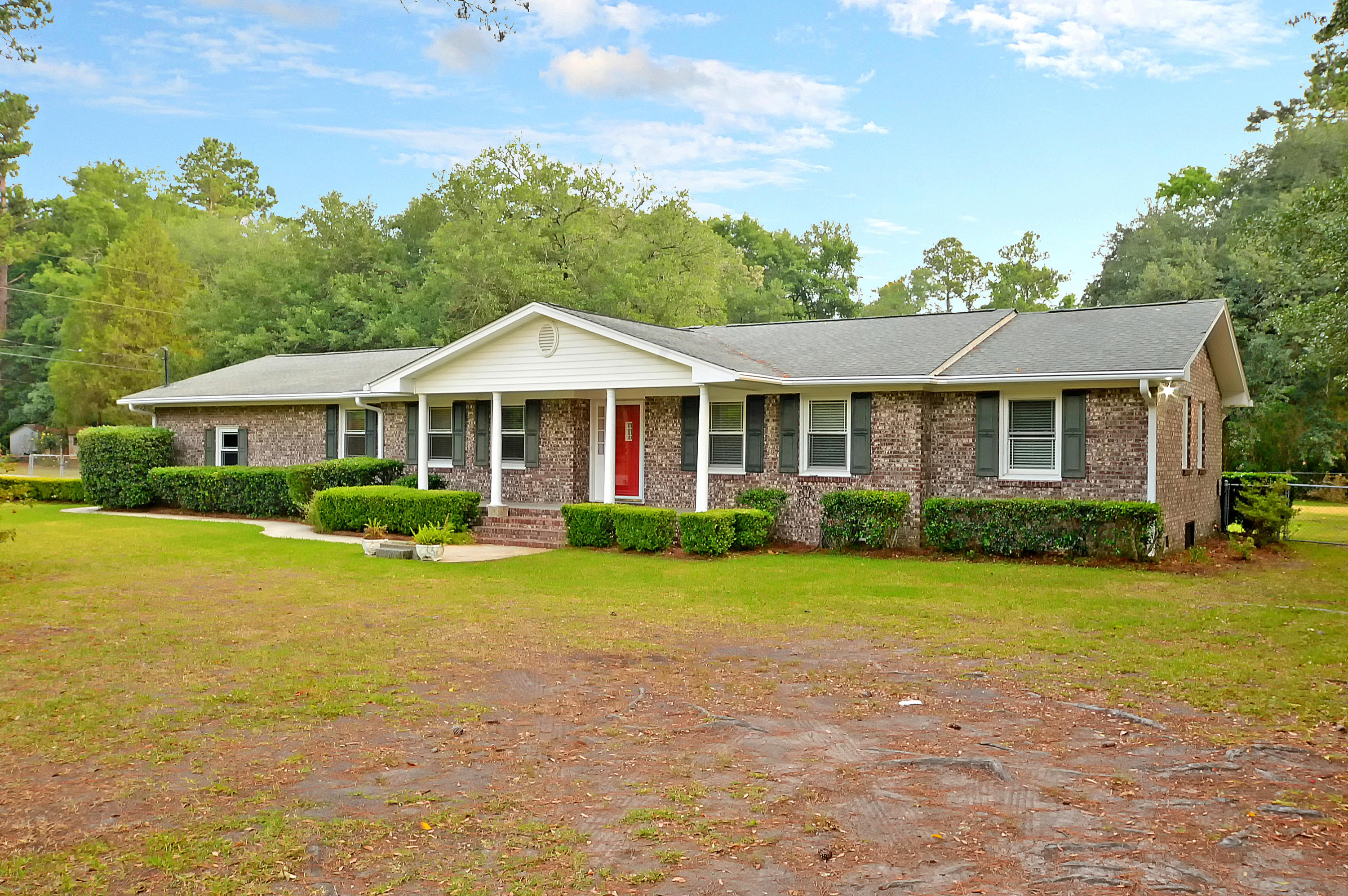 10790 Dorchester Road Summerville, SC 29483