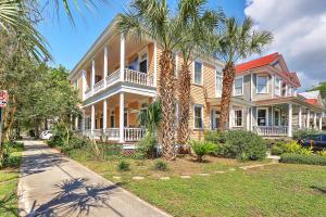 125 Ashley Avenue, Charleston, SC 29401