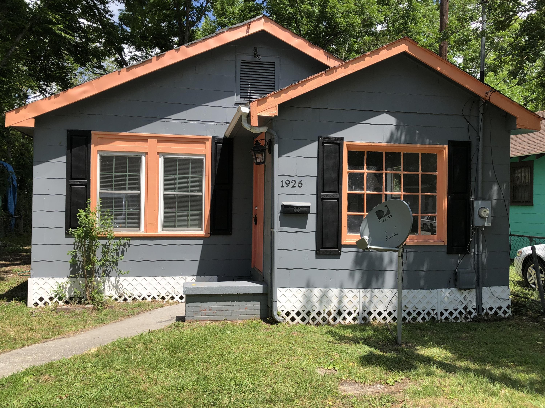 1926 Redwood Street North Charleston, SC 29405