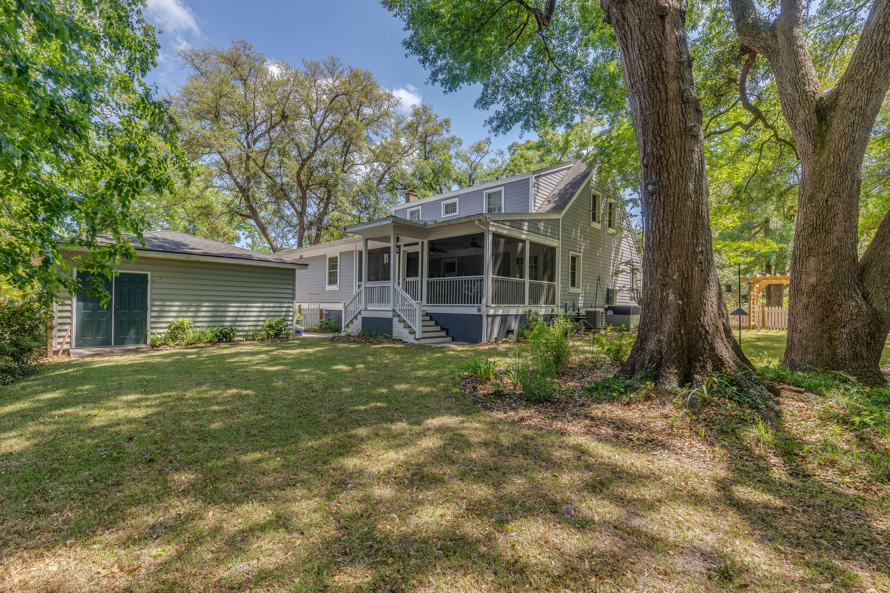 2142 Westrivers Road Charleston, SC 29412