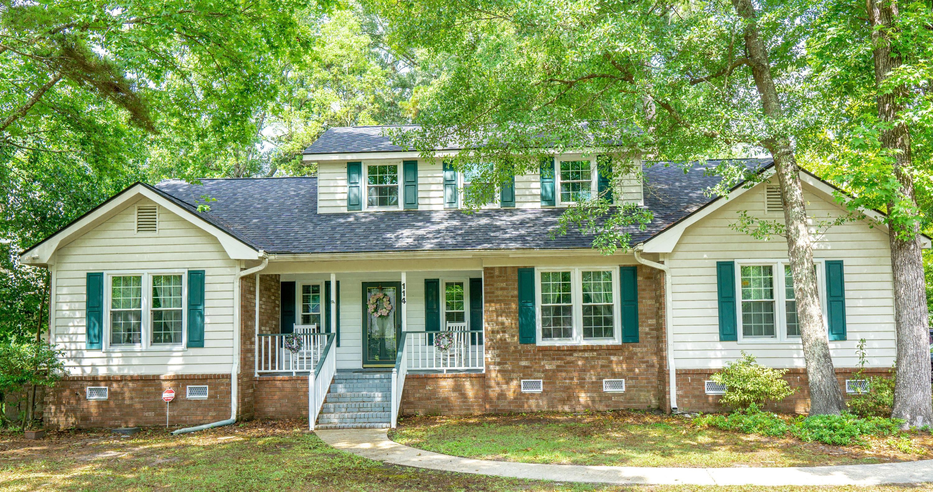 114 Queensbury Circle Goose Creek, SC 29445