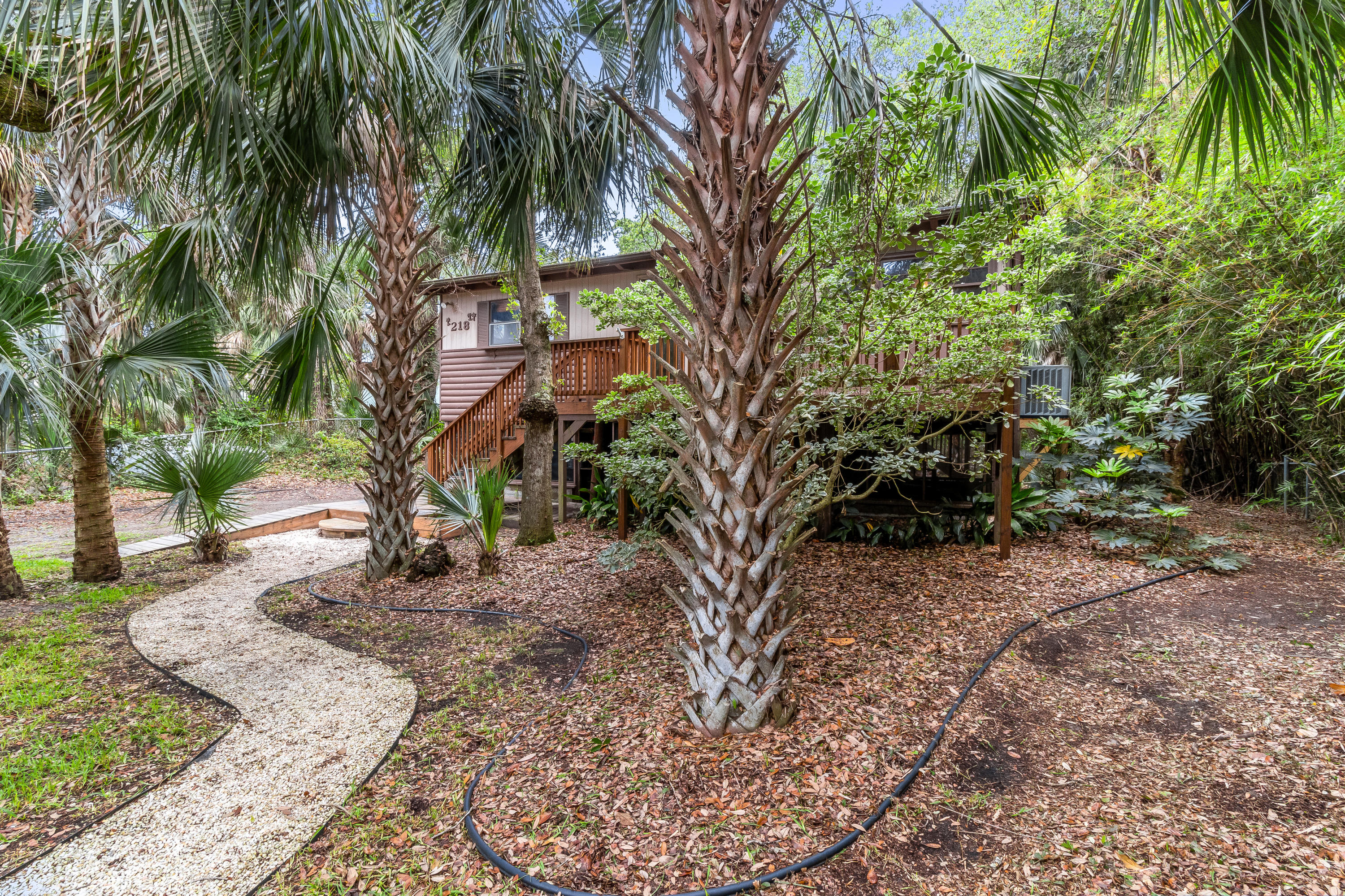 218 W Hudson W Avenue Folly Beach, SC 29439